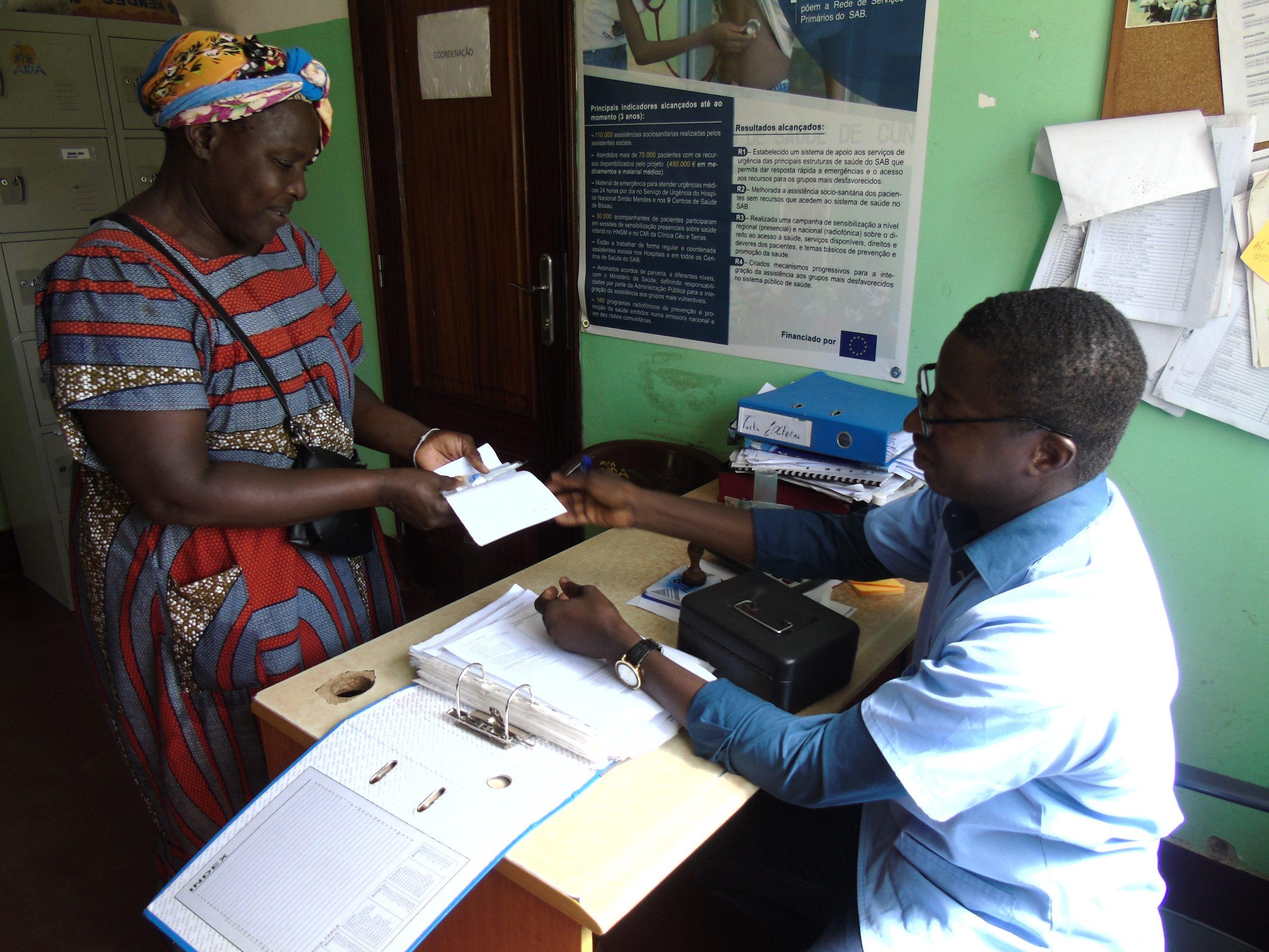 Atención sanitaria no Hospital Nacional de Bissau